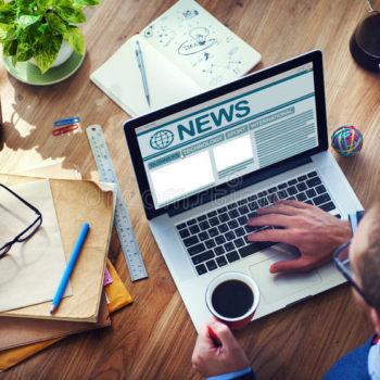 conceito-global-de-trabalho-dos-meios-do-jornalismo-do-internet-do-computador-do-homem-50804494